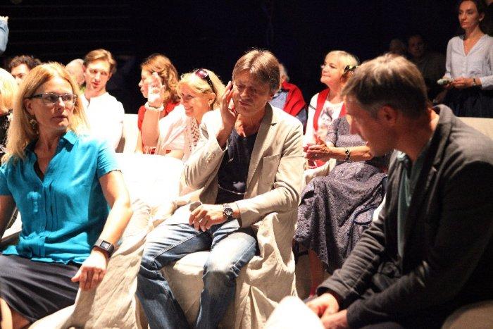 Театр Маяковского вновом сезоне готовит 5 премьер