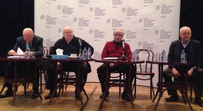 Песков направил вМинкультуры закомментарием поповоду выступления Калягина