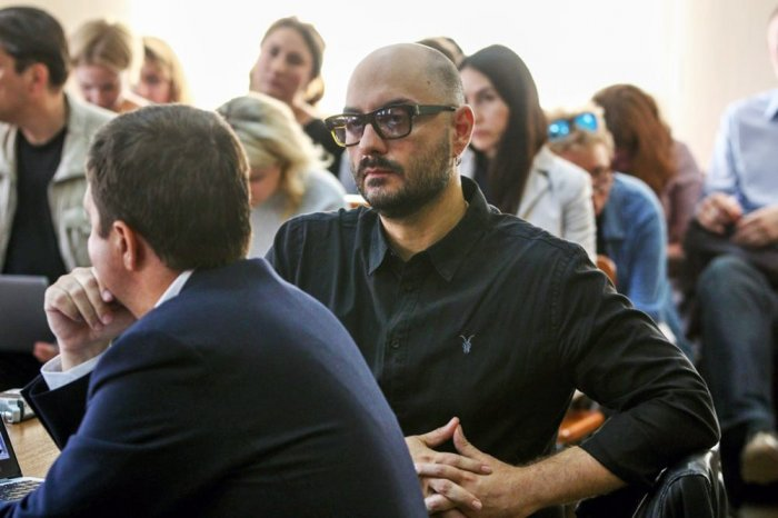 Мосгорсуд оставил Кирилла Серебренникова под домашним арестом